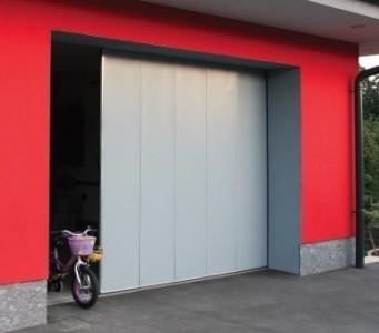Stranska drsna garažna vrata